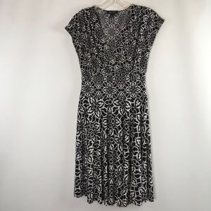 White House Black Market Dress Fit And Flare dress